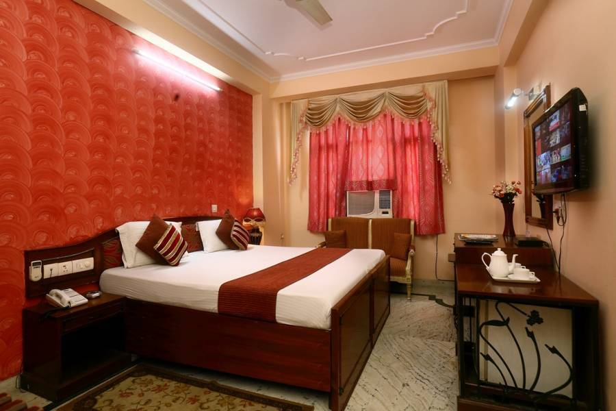 Hotel Indraprasth, New Delhi, India, India hotels and hostels