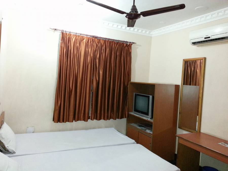 Hotel Marina Inn, Dhanbad, India, where to rent an apartment or aparthotel in Dhanbad
