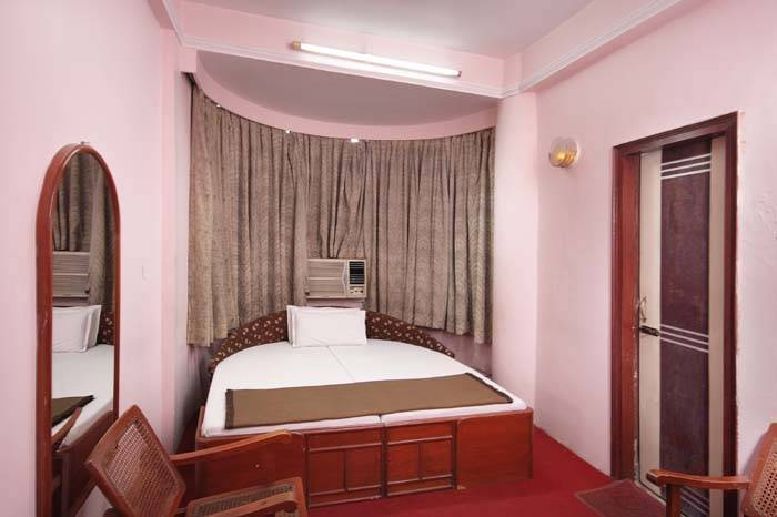 Hotel Paradise, Kanpur, India, budget deals in Kanpur