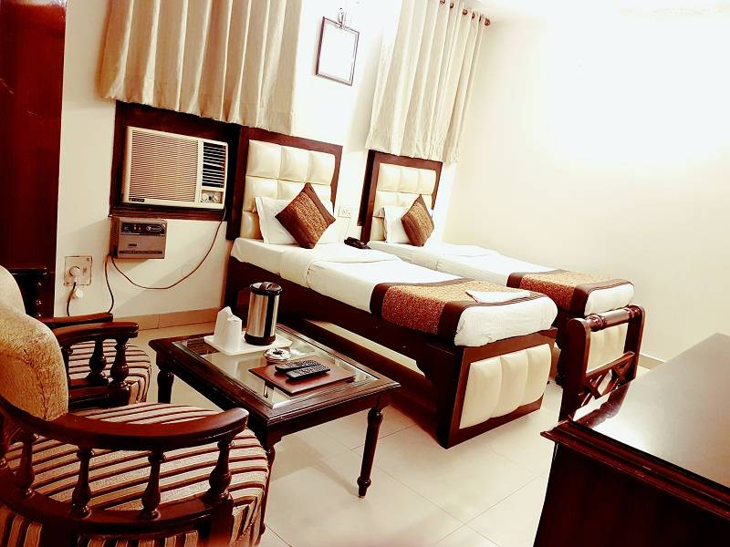 Hotel Paras International, Paharganj, India, India hotels and hostels