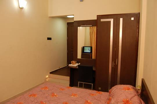 Hotel Royal Regency, Borgaon, India, hotels with handicap rooms and access for disabilities in Borgaon