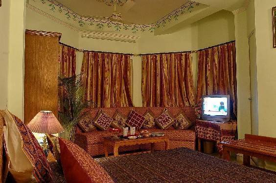 Hotel Sarang Palace, Jaipur, India, have a better experience, book with Instant World Booking in Jaipur