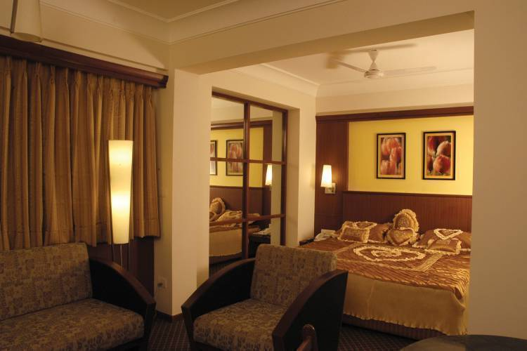 Hotel Skylon, Ahmadabad, India, preferred hotels selected, organized and curated by travelers in Ahmadabad