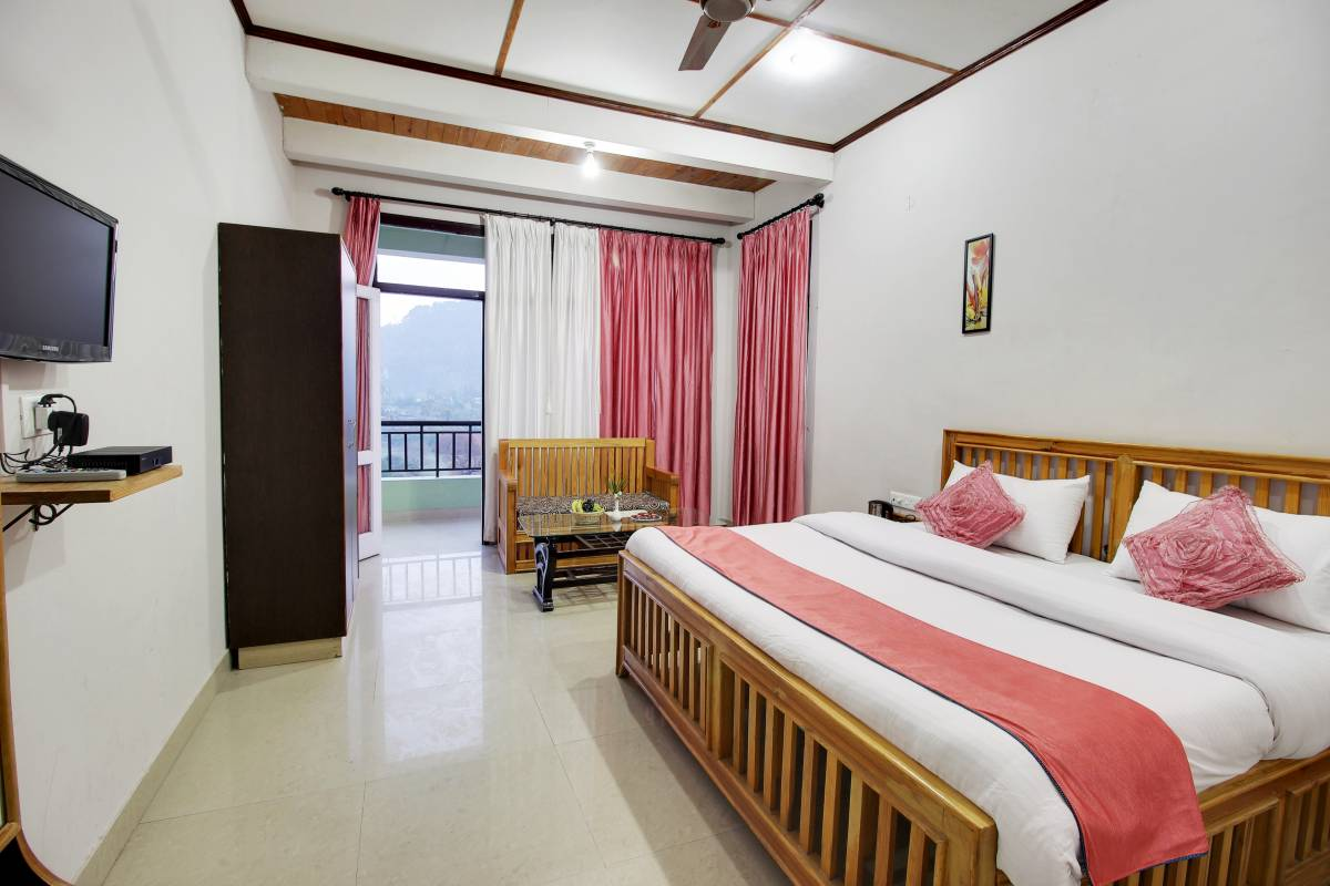 Hotel Spring Birds, Bhim Tal, India, India hotels and hostels
