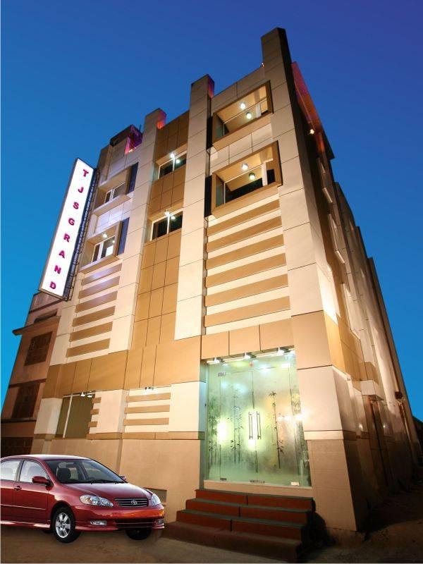 Hotel TJS Grand, New Delhi, India, India hoteller og herberger