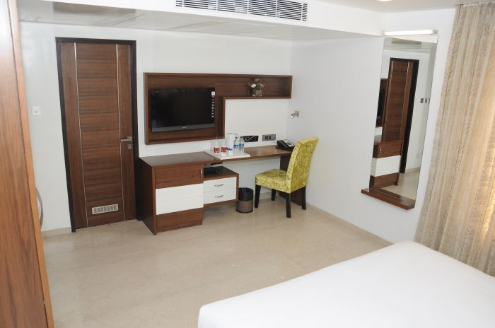 Lawoods Hotel, Chennai, India, preferred hotels selected, organized and curated by travelers in Chennai