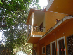 Orange House, Anjuna, India, easy travel in Anjuna