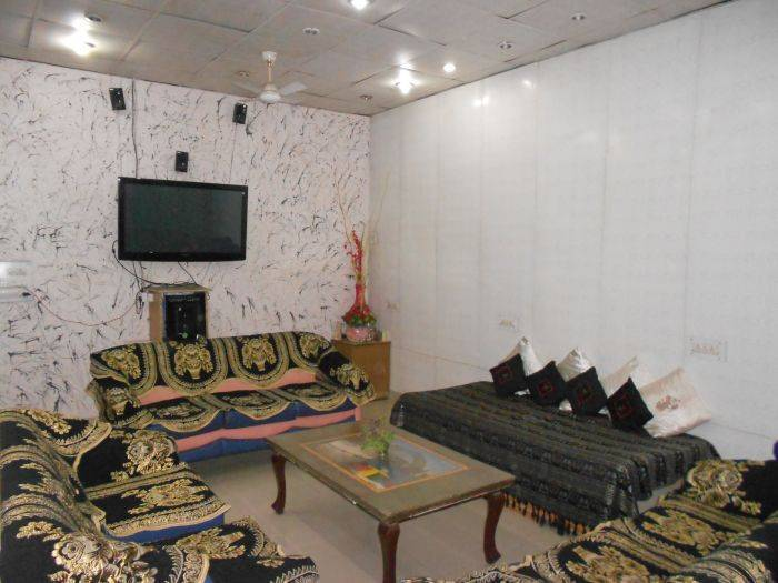 SS Hotel, Amritsar, India, best deals, budget hotels, cheap prices, and discount savings in Amritsar