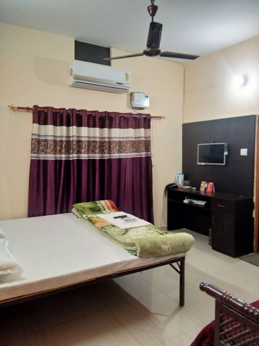 Suman Niwas, Lucknow, India, Kako preživeti počitnice počitnice v hotelu v Lucknow