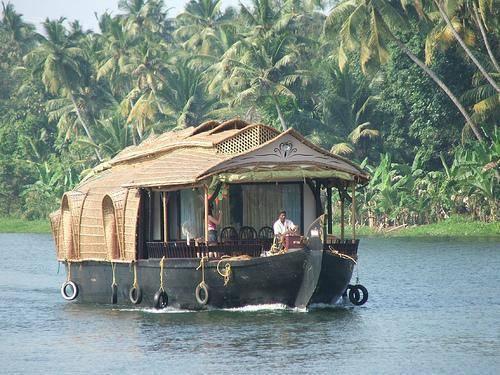 Tharavadu Houseboats, Kumarakom, India, 便宜的旅行 在 Kumarakom