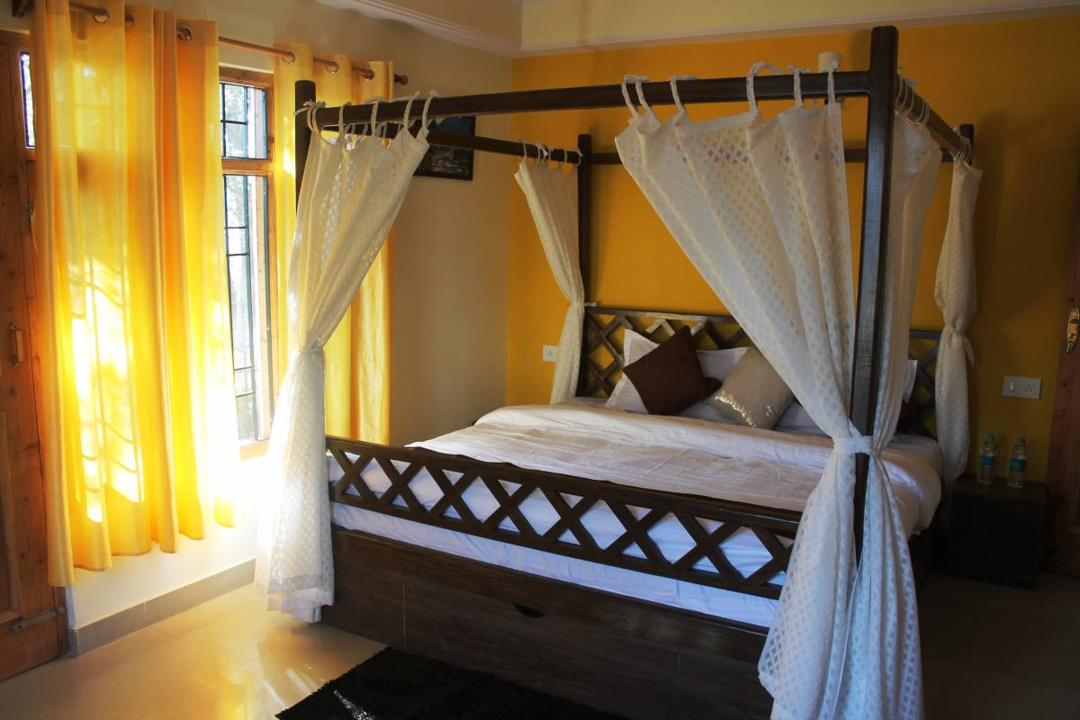 The Hillsong Homey, Shimla, India, find cheap hotels and rooms at Instant World Booking in Shimla
