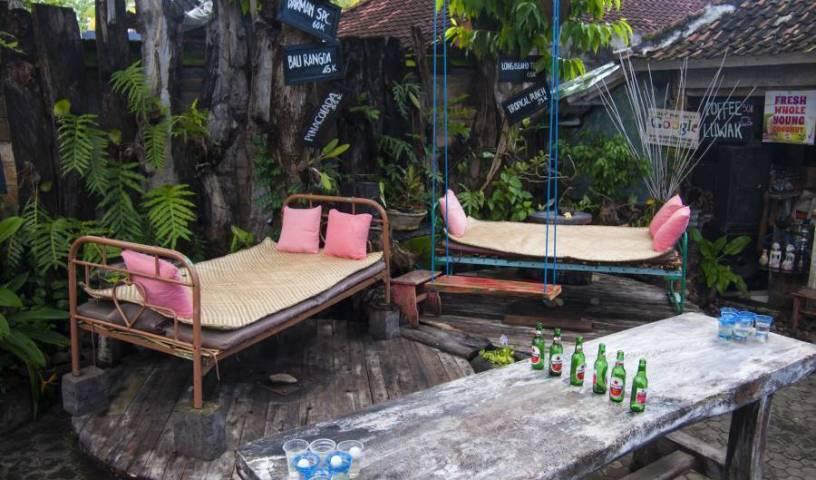 Funkyplace, Tìm khách sạn trong những điểm đến di sản thế giới đích thực trong Kalibukbuk (Kalibukbuk, Lovina), Indonesia 14 ảnh