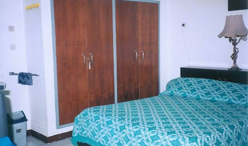 Josephine Guest House - Tìm phòng miễn phí và mức giá thấp đảm bảo Jakarta, đặt phòng khách sạn 1 ảnh