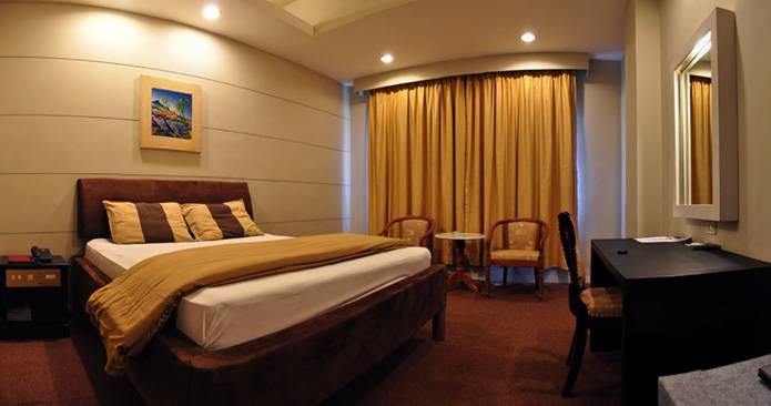 Peninsula Hotel Jakarta, Jakarta, Indonesia, Indonesia hostels and hotels