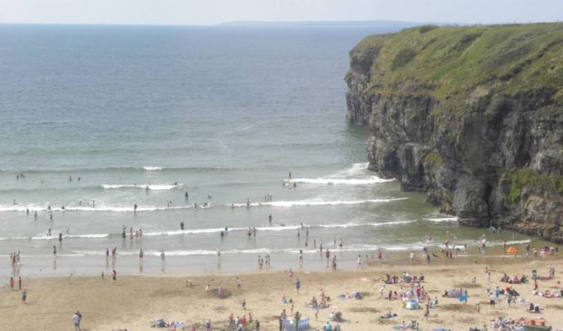 Sea Crest Budget Accommodation - Search for free rooms and guaranteed low rates in Ballybunion, hotel bookings at last minute 9 photos