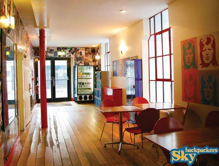 Sky Backpackers - The Liffey, Dublin, Ireland, relaxing hotels and hostels in Dublin