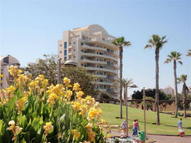 Front de Mer Natanya, Netanya, Israel, highly recommended travel booking site in Netanya