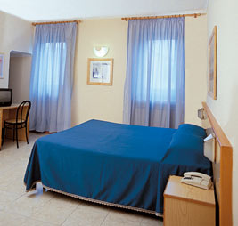 Albergo Firenze, Florence, Italy, UPDATED 2021 best ecotels for environment protection and preservation in Florence