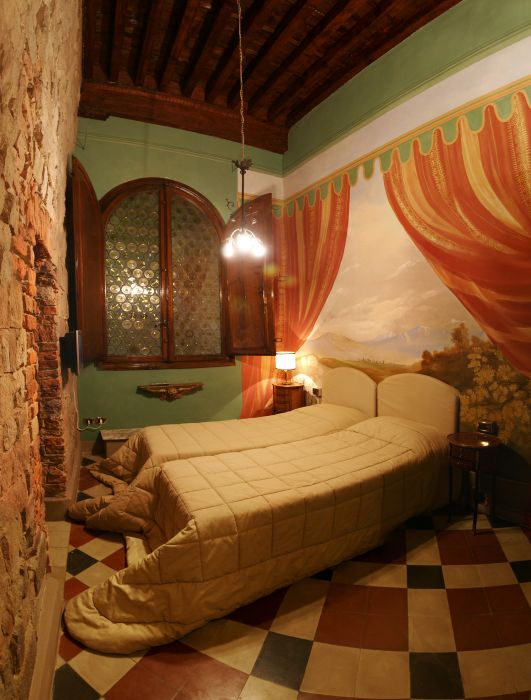 Alle Bifore Guest House, Lucca, Italy, Italy hotels and hostels