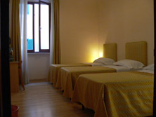 Ape Latina, Rome, Italy, book hotels and hostels now with IWBmob in Rome