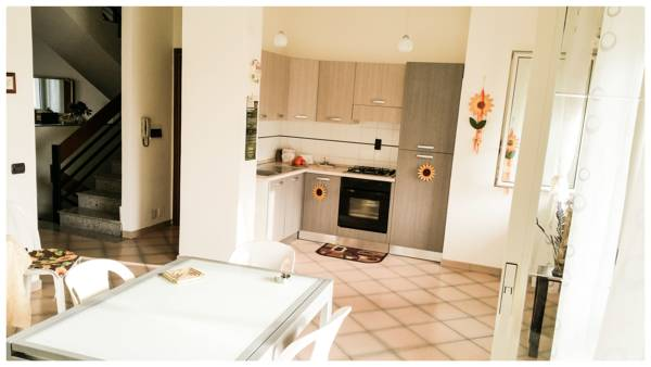 Area Domus, Pompei, Italy, find the lowest price for hostels, hotels or bed and breakfasts in Pompei