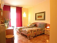 Aurora Bed And Breakfast, Lecce, Italy, affordable motels, motor inns, guesthouses, and lodging in Lecce