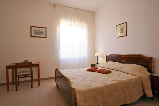 B and B Casa Mariangi, Bari, Italy, how to select a hotel and where to eat in Bari