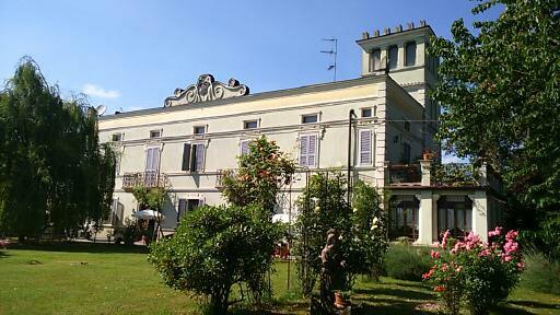 B and B Villa Albertina, San Secondo Parmense, Italy, Book fly og udlejningsbiler med hoteller i San Secondo Parmense