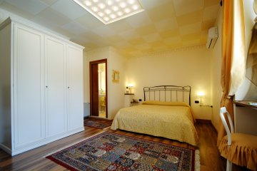 Bed and Breakfast Ernestina, Miane, Italy, go on a cheap vacation in Miane