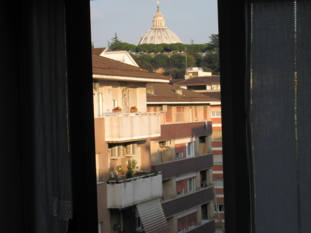 Bixio Apartment, Rome, Italy, experience local culture and traditions, cultural hostels in Rome
