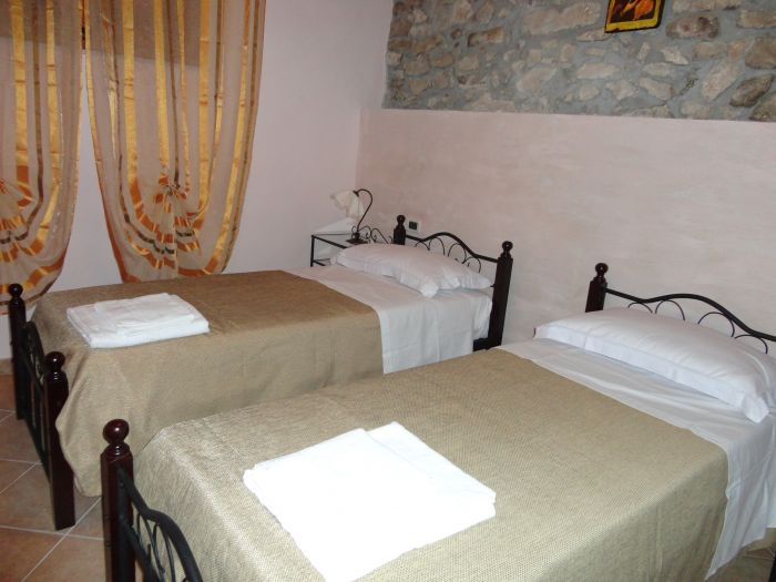 Casa Vcanze Caccamo, Caccamo, Italy, guaranteed best price for hostels and backpackers in Caccamo
