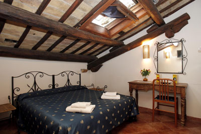 Cavaliere-Inn Roma, Rome, Italy, low cost lodging in Rome