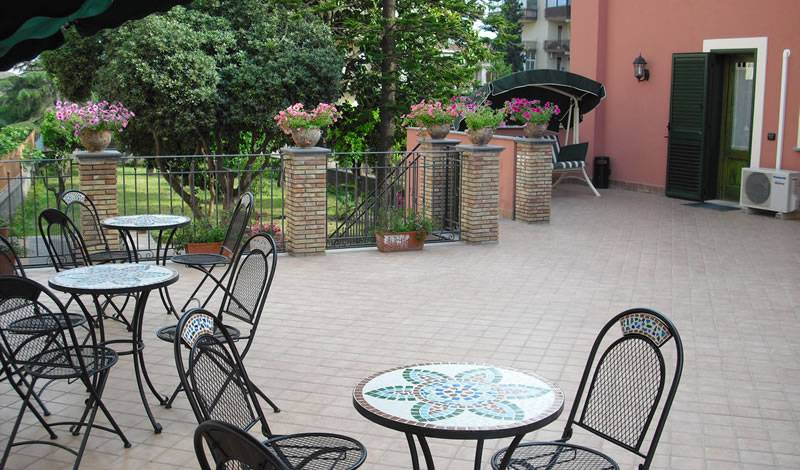 Alhambra Bed and Breakfast - Search for free rooms and guaranteed low rates in Giarre 7 photos