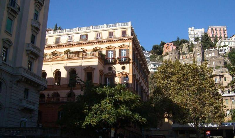 Amedeo - Search available rooms for hotel and hostel reservations in Napoli 9 photos