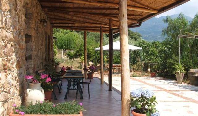 Bed And Breakfast  La Finestra Sul Parco - Search for free rooms and guaranteed low rates in Cefalu 20 photos