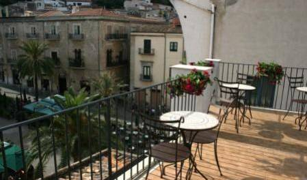 Bed and Breakfast Palazzo Villelmi - Search available rooms for hotel and hostel reservations in Cefalu 6 photos