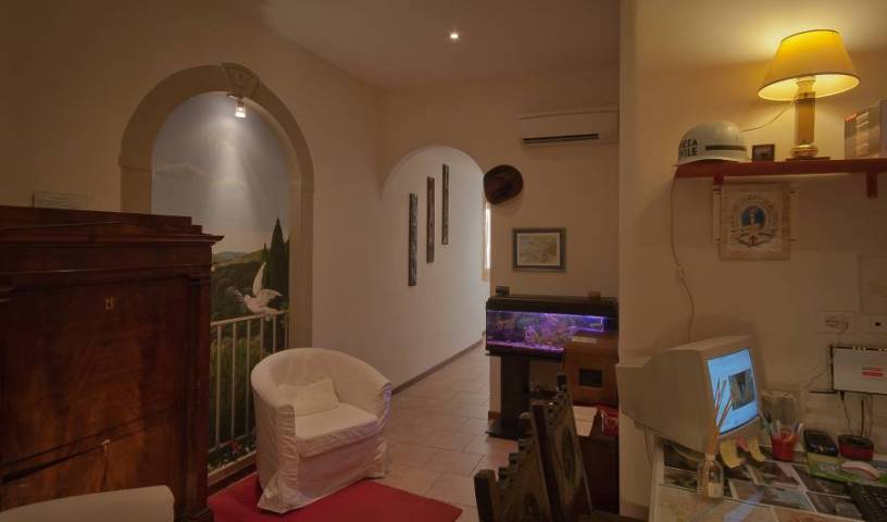 Casa Billi - Search for free rooms and guaranteed low rates in Florence 27 photos