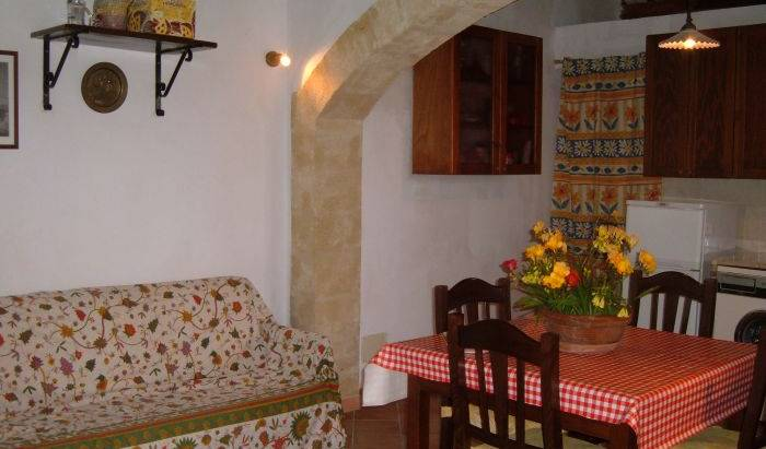 Case Vacanze La Rustica - Search for free rooms and guaranteed low rates in Buseto Palizzolo 15 photos