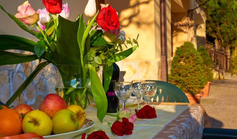 Country House Villa Pietro Romano - Get low hotel rates and check availability in Castel Madama, budget hotels 25 photos