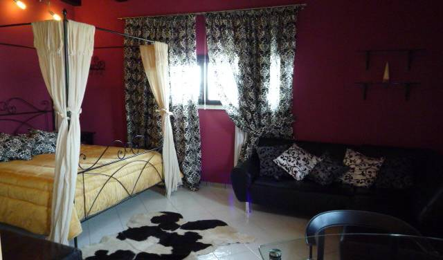 Dimora del Viaggiatore - Search available rooms for hotel and hostel reservations in Verona 10 photos