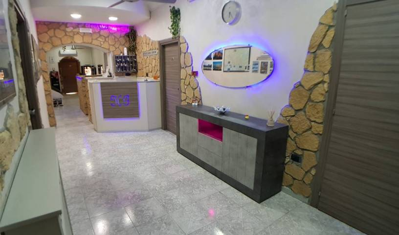Hotel Ginevra - Get low hotel rates and check availability in Napoli 22 photos