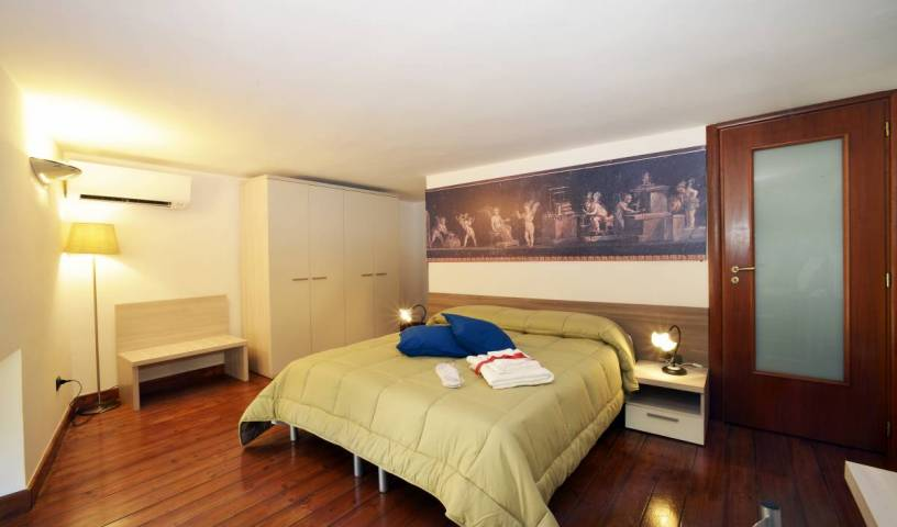 Italia Apartment - Get low hotel rates and check availability in Napoli, IT 8 photos