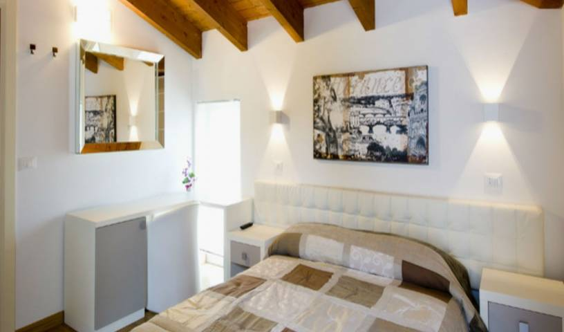 Jolie Bed and Breakfast, hotels with the best beds for sleep in Castellalto, Italy 6 photos