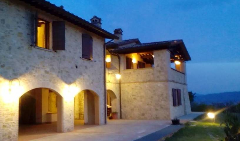 La Loggia - Get low hotel rates and check availability in Collazzone, holiday reservations 3 photos