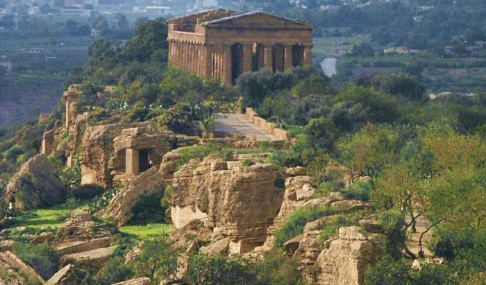 Le 4 Stagioni - Get low hotel rates and check availability in Agrigento 12 photos