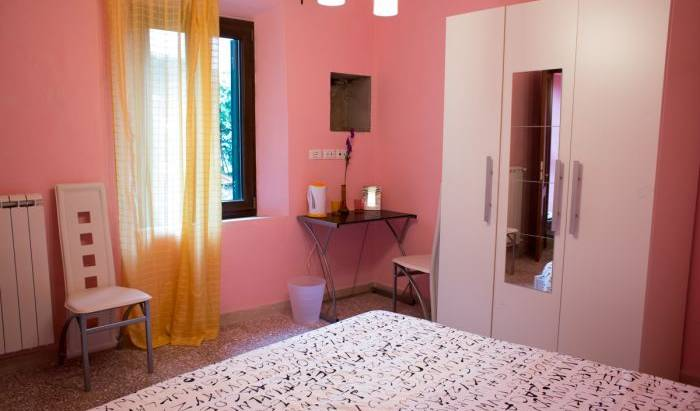 Maison Dei Miracoli - Get low hotel rates and check availability in Pisa, amusement parks, activities, and entertainment near hotels in Marina di Pisa, Italy 11 photos