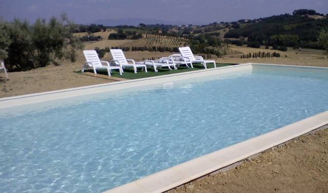 Perugia Farmhouse Backpacker Hostel - Search available rooms for hotel and hostel reservations in Perugia 2 photos
