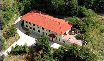 Relais Villa Vittoriano - Search available rooms for hotel and hostel reservations in Vinchio 4 photos