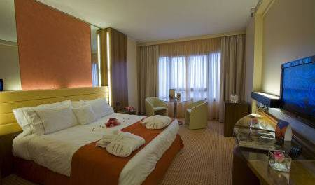 Sheraton Padova Hotel - Search for free rooms and guaranteed low rates in Cadoneghe 6 photos