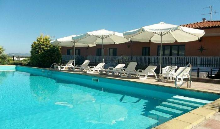 Ungias BB - Search available rooms for hotel and hostel reservations in Alghero 16 photos